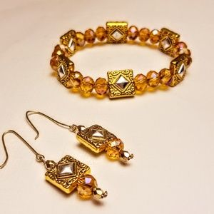 Jewelry - Bracelet and earrings set